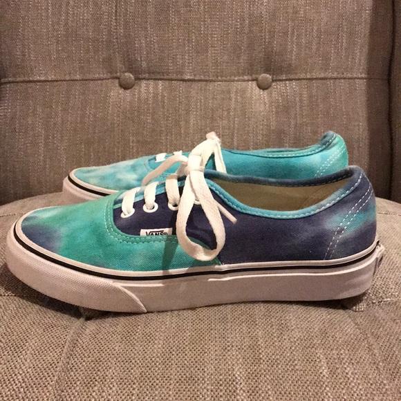 1711b9586889ba Vans Authentic Tie Dye Sneakers. M 5c5e3da6df030750bf7cecf9